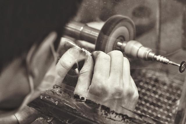 výroba šperků.jpg
