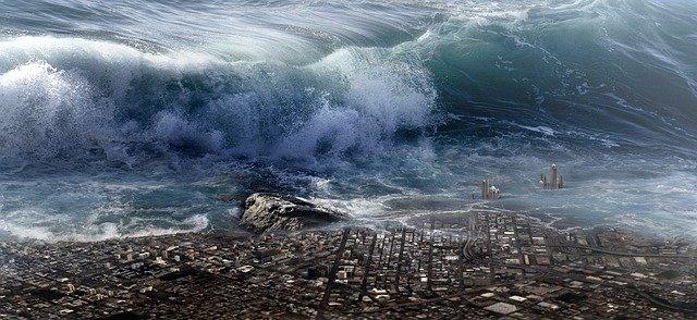 tsunami valící se na pobřeží